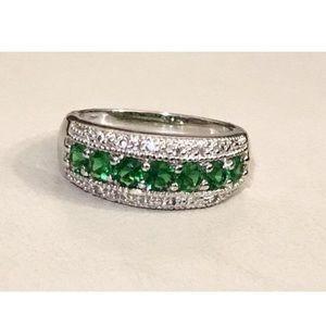 Green and White Topaz Semi-Eternity 925Ring 10 1/4